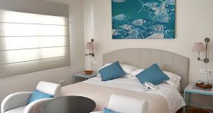 Cuentan con 18 habitaciones singulares con nombres de playas.