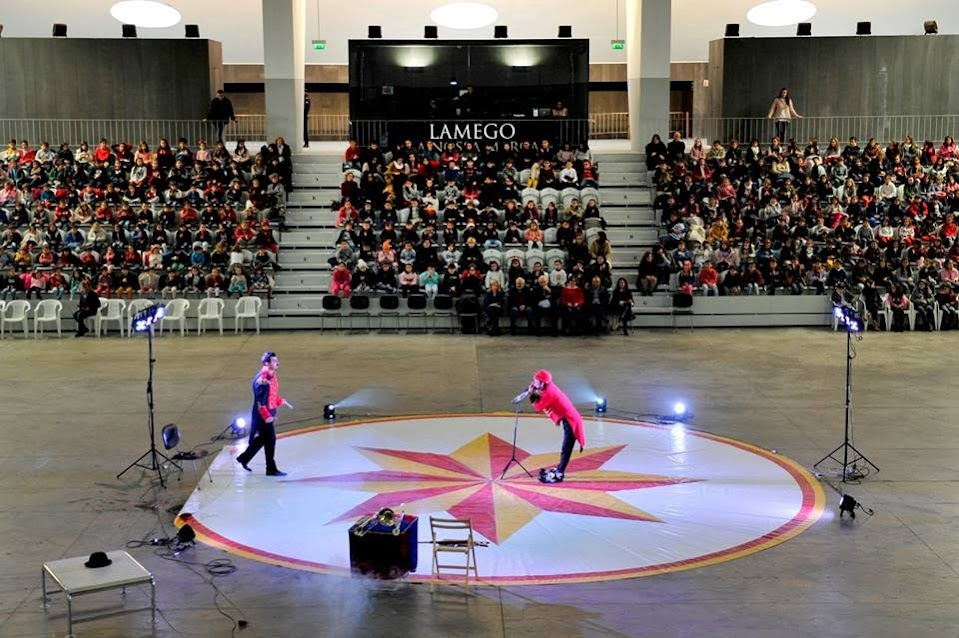 Magia do circo encanta crianças de Lamego