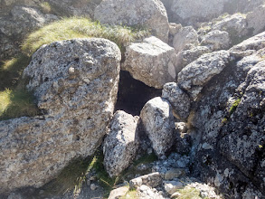 Photo: pietre suspendate in sirag
