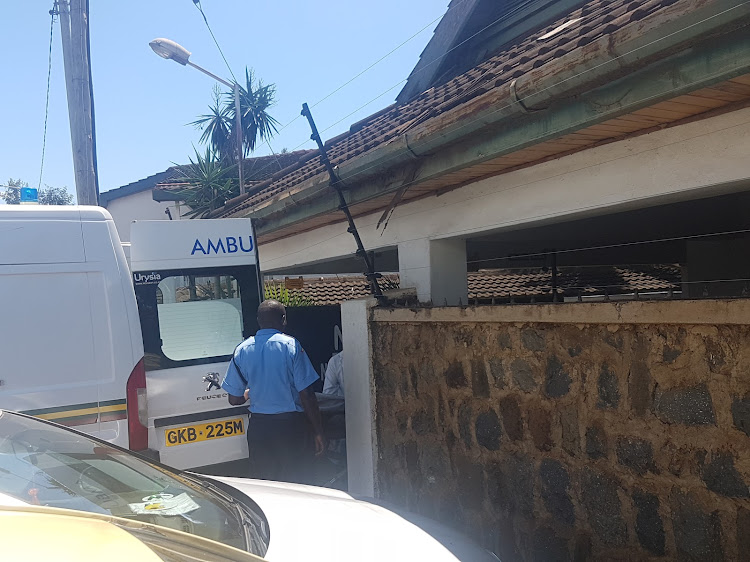 The body of Justice Otieno Odek being taken to Aga Khan Hospital mortuary in Kisumu on Monday.