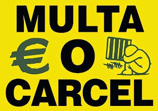Photo: Campaña Multa o Cárcel, información en este enlace http://derechoscivileszgz.blogspot.com.es/2015/01/febrero-contra-la-ley-mordaza-multa-o.html