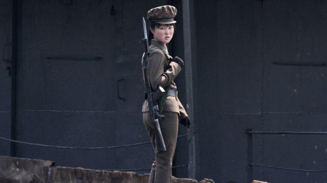 Военнослужащая КНДР