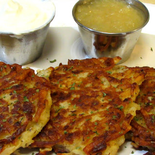 Classic Potato Pancakes - How to make Potato Pancakes.