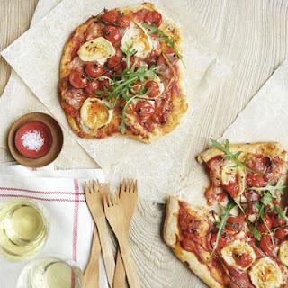 Prosciutto, Tomato, and Arugula Pizza