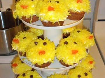 Easter Chick Cupcakes.
