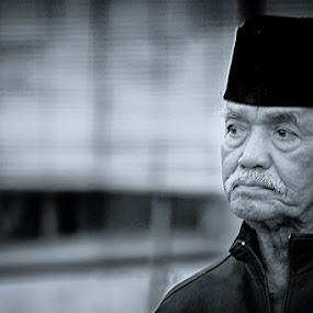 Waiting... by Iwan Mochammad - People Portraits of Men