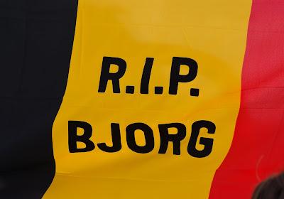 📷 Les supporters gantois ont rendu hommage à Bjorg Lambrecht