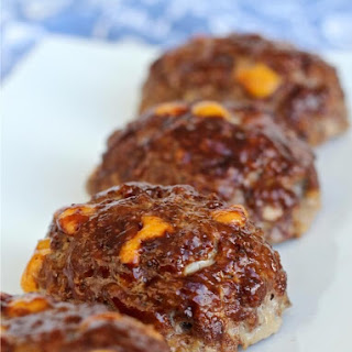 Barbecue Cheddar Mini Meatloaves