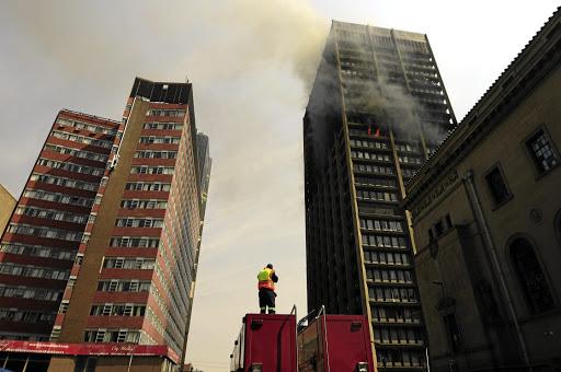 R7 miljard-rekening om onveilige geboue te herstel - SowetanLIVE