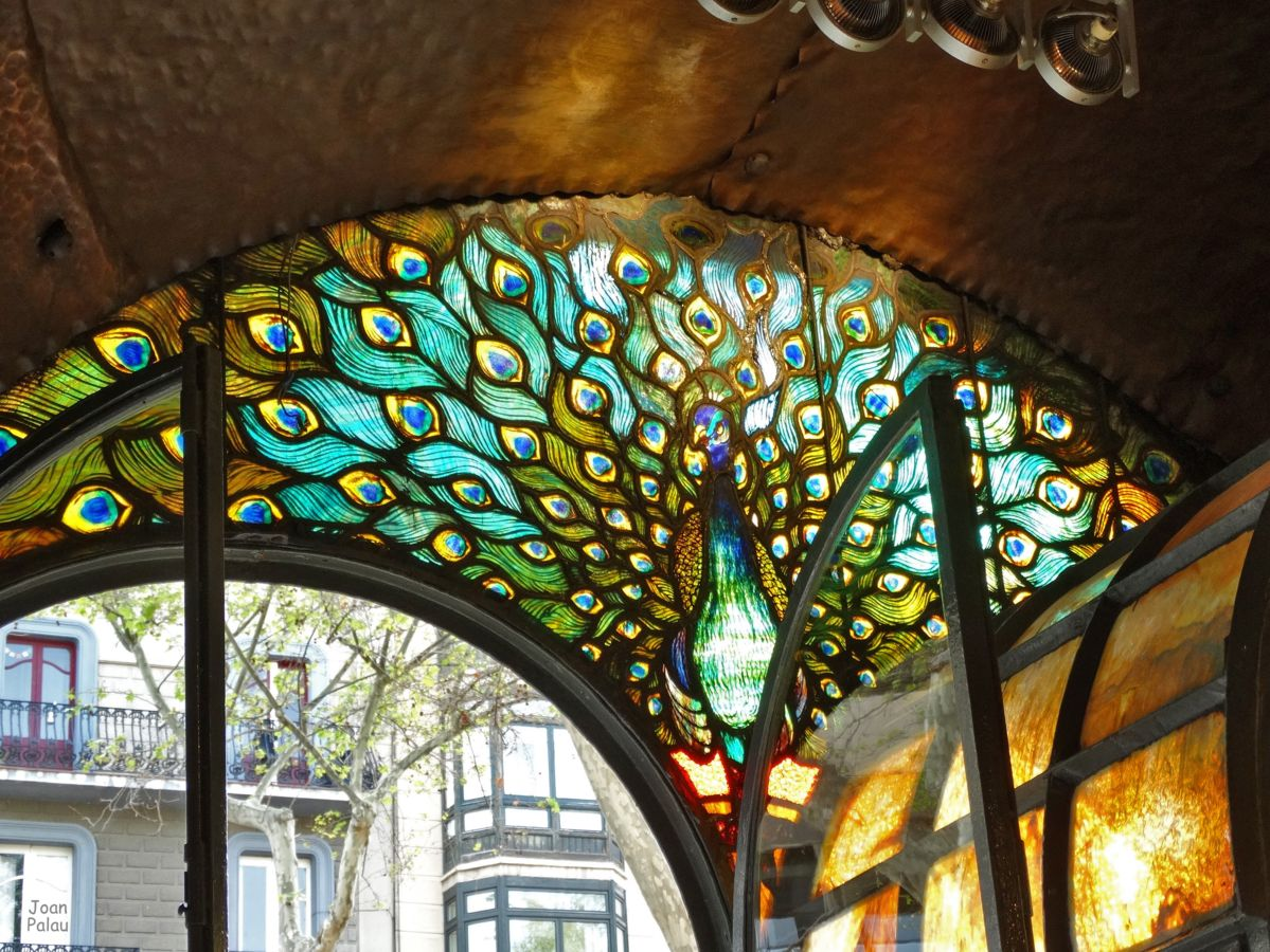 Antigua Casa Figueras - Pastelería Escribà. - Barcelona Modernista i ...