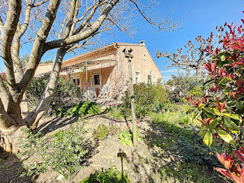 maison à Maubec (84)