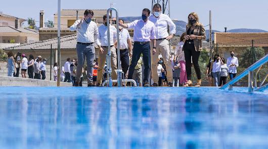 Los vecinos de la barriada tijoleña de 'El Higueral' ya tienen su piscina