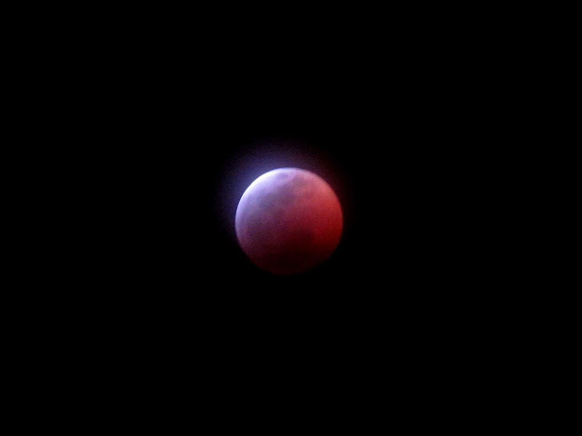 Super blood wolf moon eclipse nearing totality