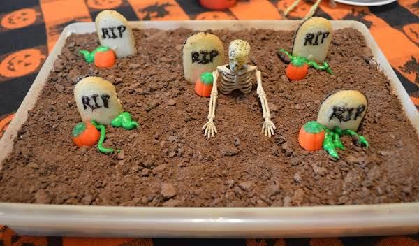 Grave Yard Cake Recipe