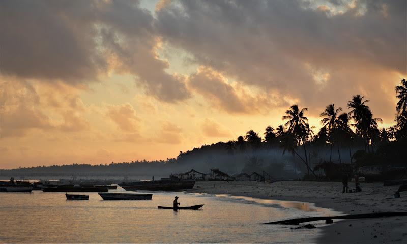 Un'alba Pacifica di vito_franchini