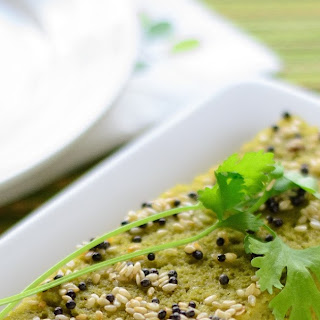 Spinach Dhokla ~ Healthy & Savory Steamed Indian Cake.