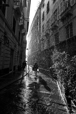 Cade la pioggia! di Doriana Frau