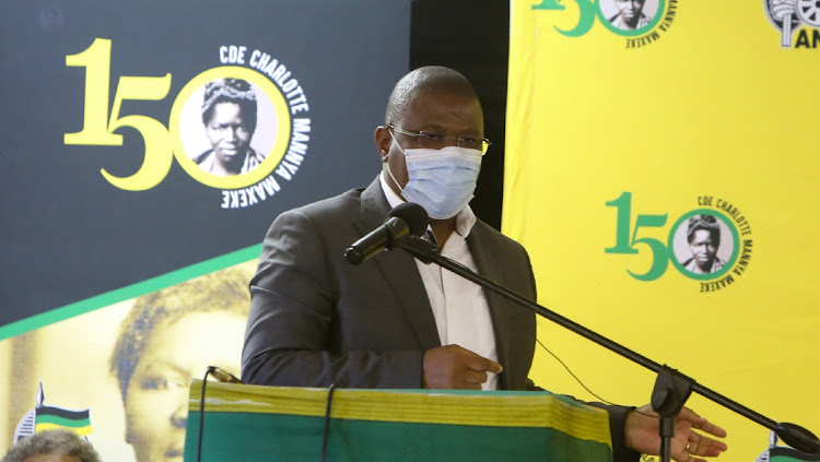 Eastern Cape ANC chair Oscar Mabuyane had some harsh words to say about the performance of councillors in the province during a political lecture.