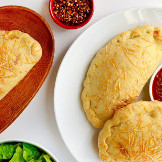 Cheesy Garlic Chicken Calzones
