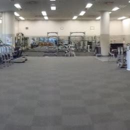 町田市立総合体育館のトレーニングルーム