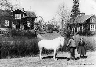 Photo: Erik och Helga Persson ägare till Sörby 1939, Grålle