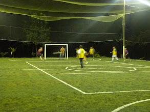 Photo: ...costaricanisch für Bolzen/ Kicken etc.