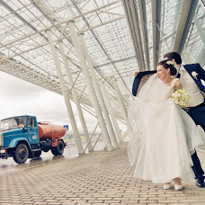 Wedding photographer Vadim Loza (dimalozz). Photo of 22.02.2013