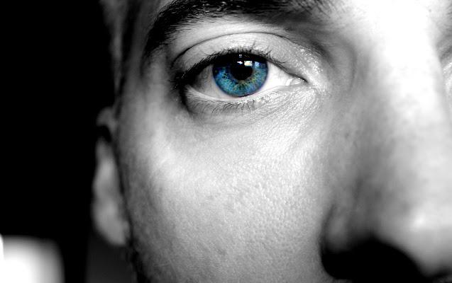 L'autobiografia nel volto, la fantasia negli occhi di lukich
