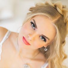 Wedding photographer Olesya Lapaeva (Czarinka). Photo of 25.02.2015