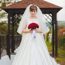 Wedding photographer Liliya Lekomceva (outsw). Photo of 30.05.2017