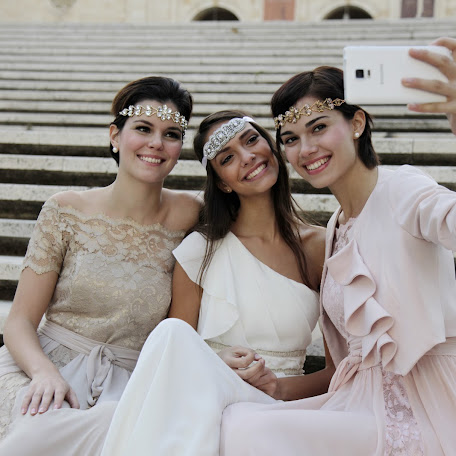 Wedding photographer Zhanna Levina (zhanna1912). Photo of 25.12.2015