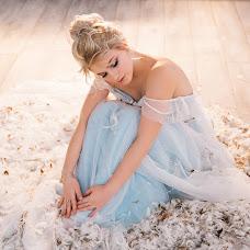 Wedding photographer Nadezhda Svarovski (byYolka). Photo of 12.04.2018