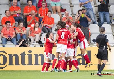 🎥 Laatste drie tickets voor EK 2022 uitgedeeld, hyperspanning bij tegenstander Red Flames (en heerlijke strafschop!)