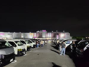 ハイエースバン TRH200V SUPER GL 2018年式のカスタム事例画像 keiji@黒バンパー愛好会さんの2020年07月19日07:23の投稿