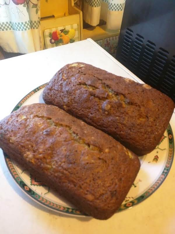 Homemade Zucchini Bread Recipe