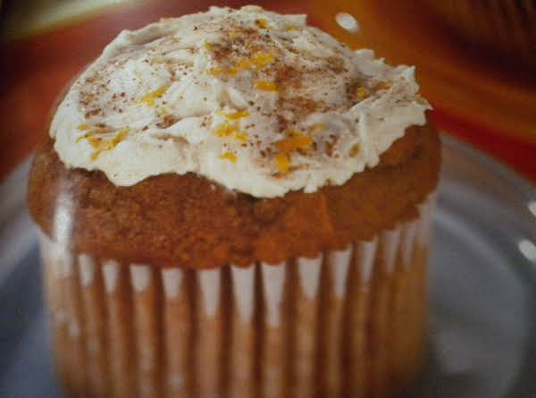 Pumpkin Cupcakes With Lemon Cream Cheese Frosting