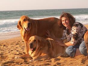 Photo: Europa and Sofia with me on the beach photo Katka Juskuvová
