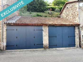 parking à Saint-Pierreville (07)