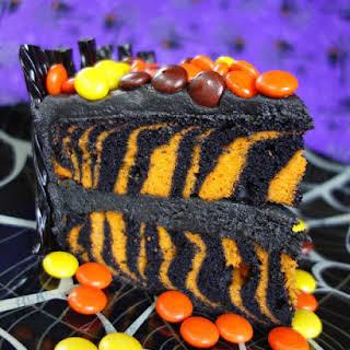 Spooktacular Halloween Candy Cake.