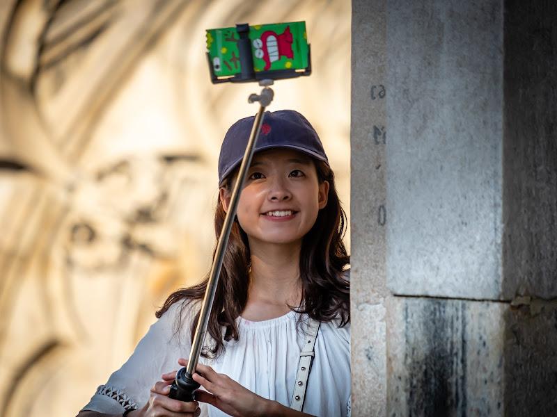 Un sorriso per il selfie di Sergio Locatelli