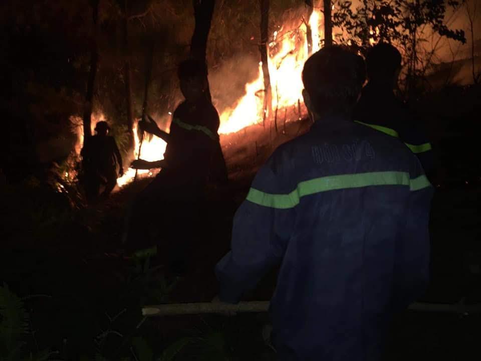 Chỉ trong vòng 4 giờ đồng hồ Yên Thành đã ghi nhận 2 vụ cháy rừng