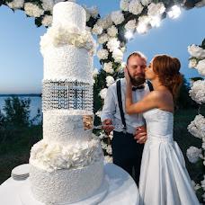 Wedding photographer Mikhail Simonov (simonovM). Photo of 03.07.2017