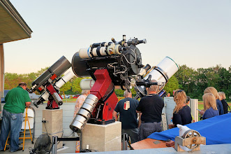Photo: We queue up to see Jupiter and our moon through the various Onan Observatory telescopes.