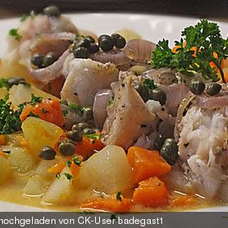 Lauwarmer Salat von Chayote und Süßkartoffel mit gegrillten Sardinenfilets