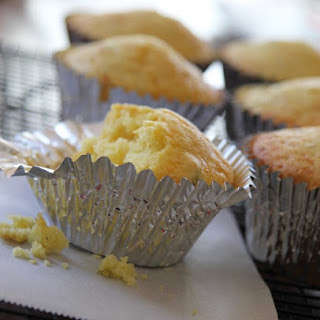 Easy Cheesy Jalapeño Corn Bread Muffins