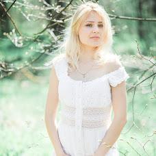 Wedding photographer Alya Turapina (Allia). Photo of 07.04.2018