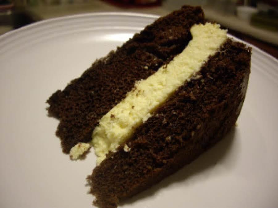 Paula Deen Chocolate Cake With Cheesecake Filling