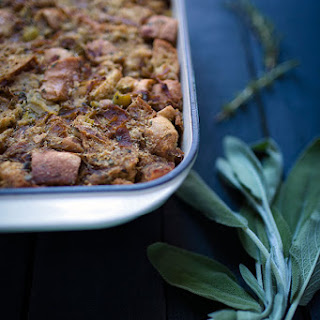 Caramelized Onion Stuffing with Apples and Herbs