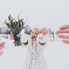 Wedding photographer Alina Kamenskikh (AlinaKam). Photo of 12.04.2013