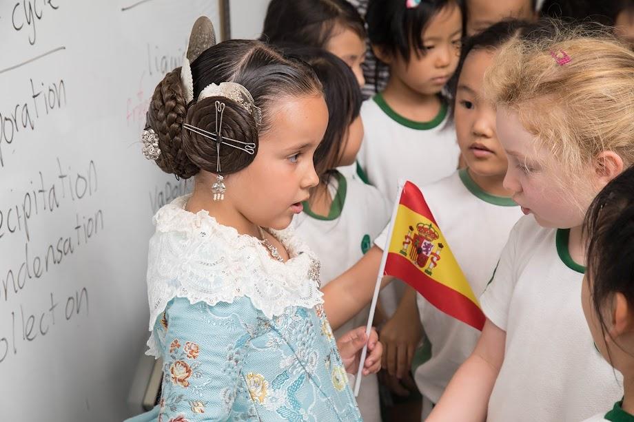 Natalia Casanova,embajadora Fallera en Shenzen (China)